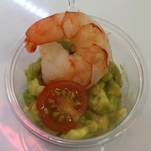 Shrimp with Cocktailtomato in Acovado Sauce